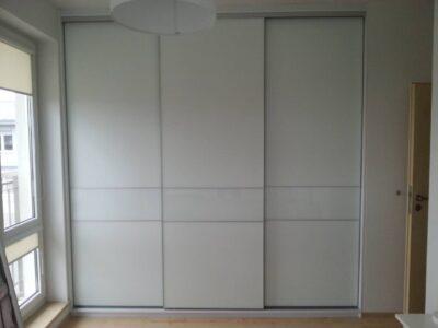 Встроенный шкаф купе 01